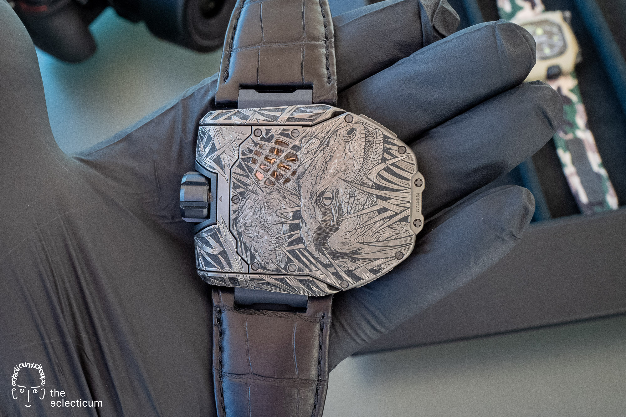 "URWERK – Snapshot´s ´UR-T8 RAPTOR` - a one-of-a-kind art piece to support charity by ART IN TIME (Monaco), engraved by Johnny ""King Nerd"" Dowell"