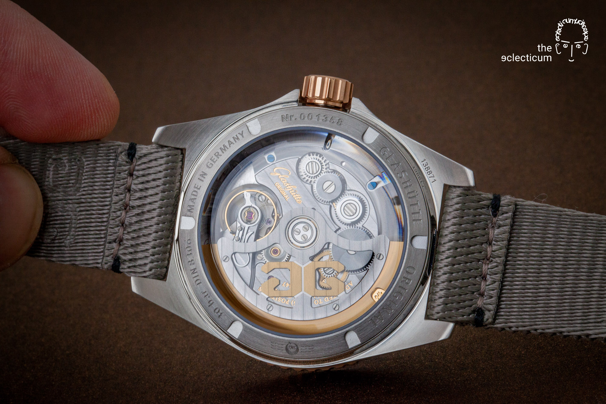 Hands-on with the Glashütte Original SeaQ Panorama Date – stainless steel and red gold