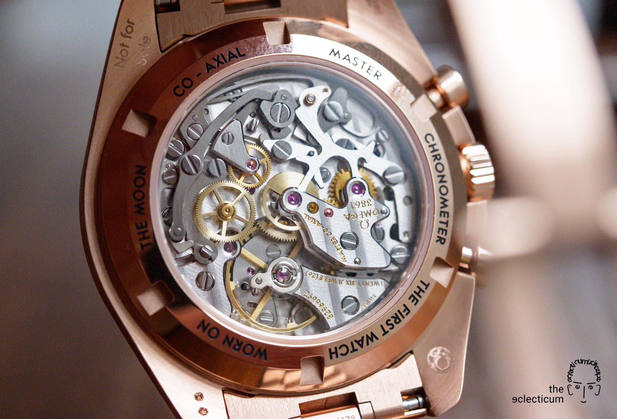 Omega Speedmaster Moonwatch Cal. 3861 caseback