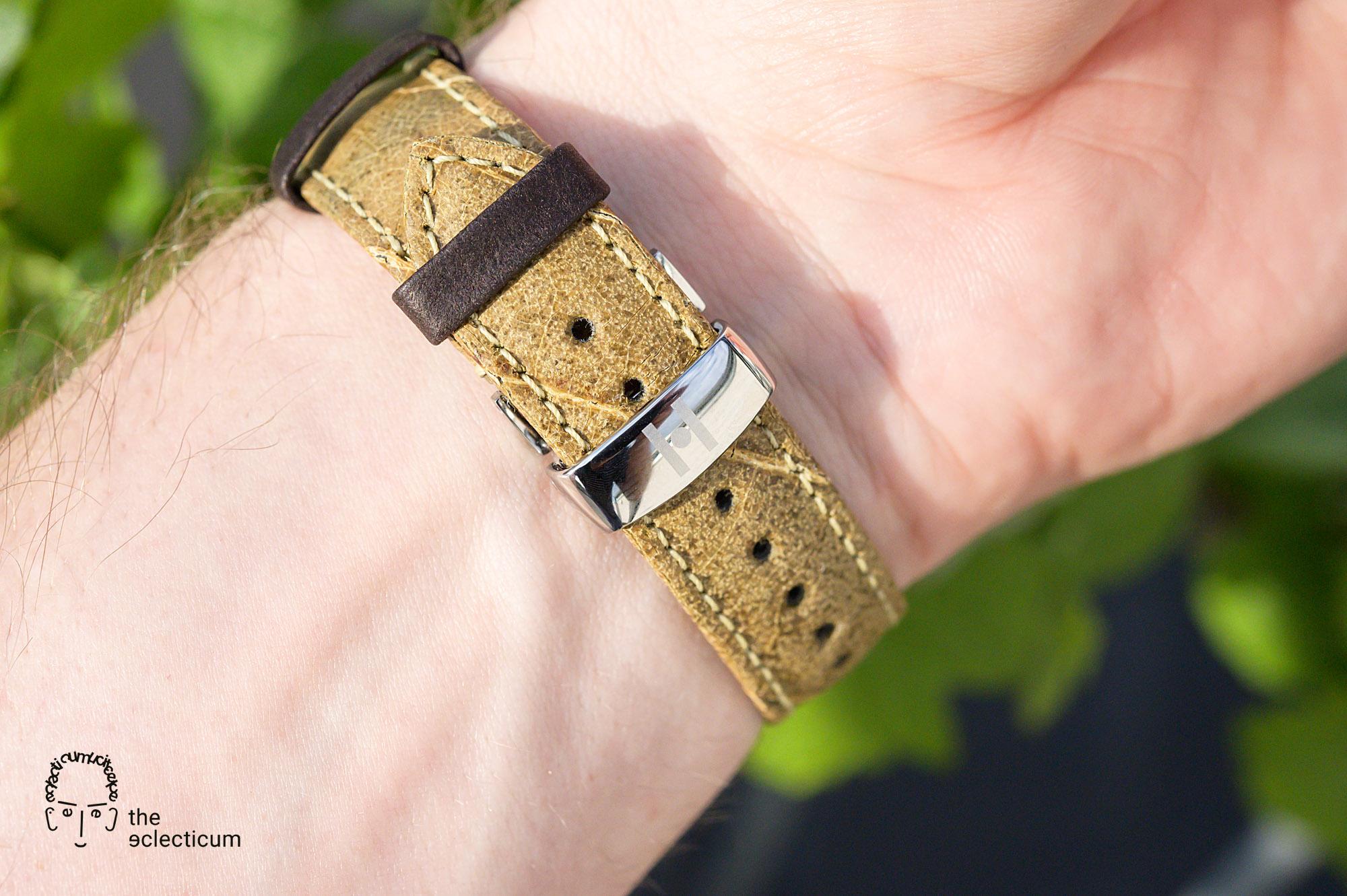 Wine Hirsch bracelet leaf leaves vegan strap