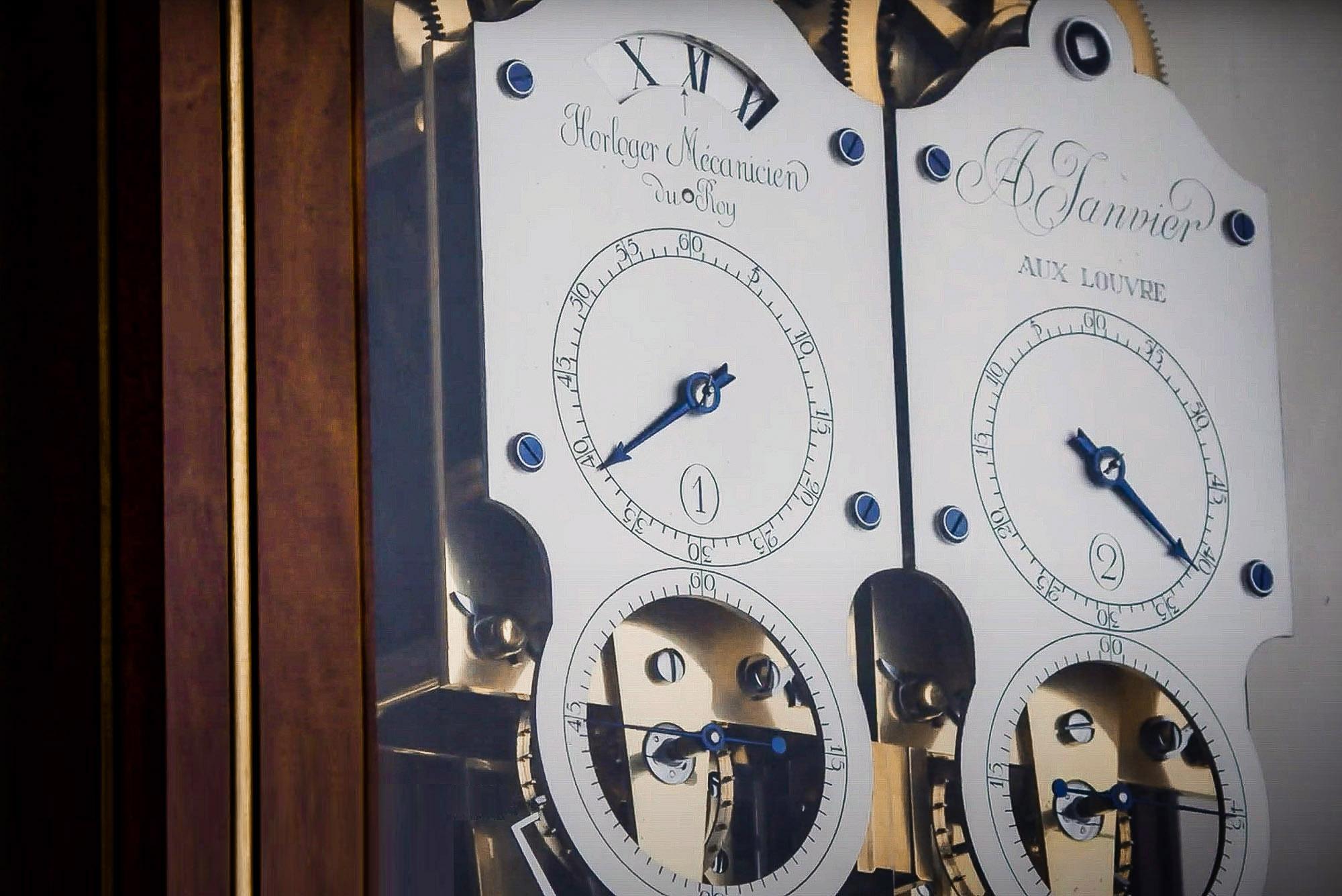 20th Anniversary Exhibition 20 years Chronomètre à Résonance Antide Janvier Regulator