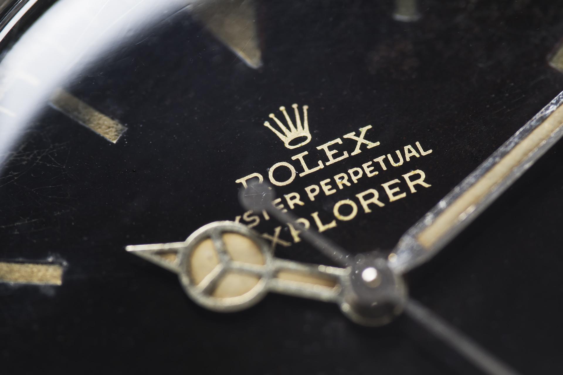 rolex-explorer gilt dial